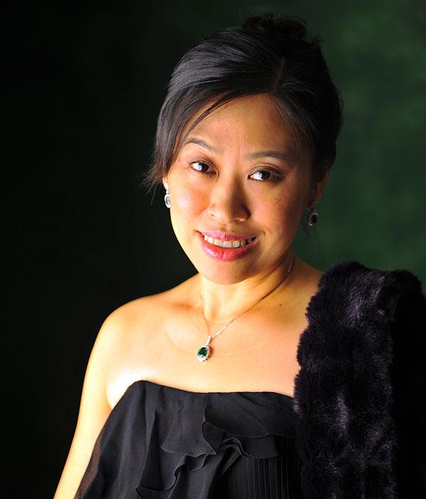 Mônica Fang - Presidente